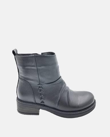 Čierne dámske kožené členkové topánky WILD