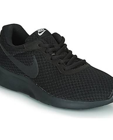Nízke tenisky Nike  TANJUN W