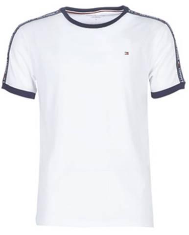 Tričká s krátkym rukávom Tommy Hilfiger  AUTHENTIC-UM0UM00563